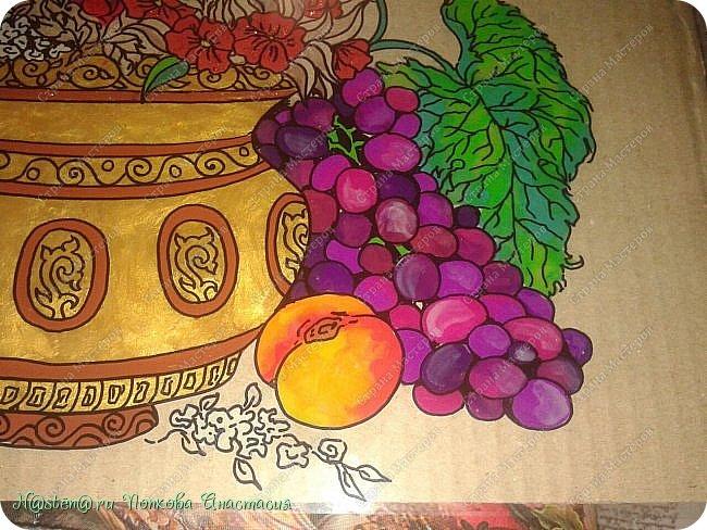 Начну с того, что результатом я совсем не довольна. И это чистая правда. Единственное, что нравится мне в этой картине, это то, как получились виноград и персик. Да и то качество фотографии ( а точнее, ее некачество) не передает натуральных цветов работы. Фото сделаны на телефон. Картинка взята из инета. Добавила  кое-что свое. фото 7