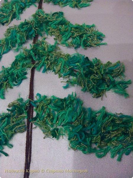 Новогодняя ёлочка из резаных ниток. Делали дети под моим руководством. фото 3