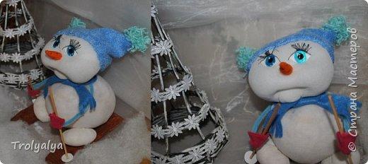 Первым покажу снеговичка сделанного по он-лайн МК Елены Лаврентьевой, за которого ей очень благодарна! Такой милый пухлячок ;) фото 1
