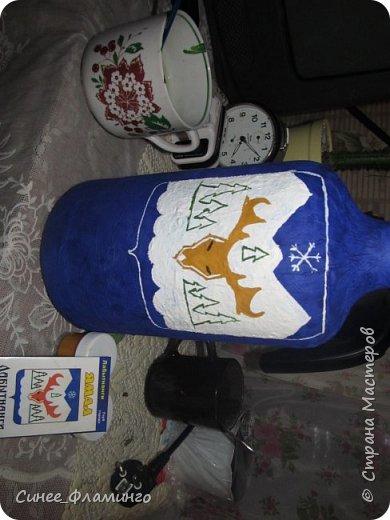 Ностальгия по Крайнему северу и хорошее настроение) Материал-бутылка,у меня с ручкой.Салфетки,ПВА,гуашь,гель с блестками. фото 7