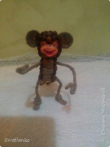 Предлагаю сделать такую кофейную обезьянку, совместив намотку джутовым шпагатом с кофе и лепкой. фото 21