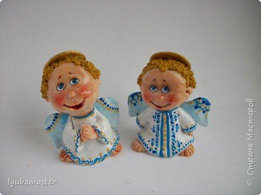 Здравствуйте дорогие мастера !!!! Наконец таки я сменила тематику. Рождественские малепусинькие ангелочки... Размер- 5,5-:6см. Краски- акрил. гуашь , акварель и контуры. фото 3