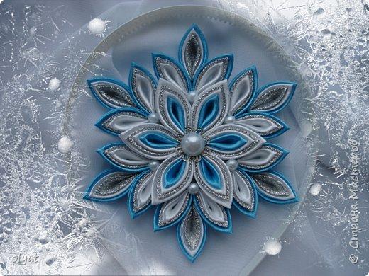 Всем добрый день. Хочу показать Вам свои зимнии работы. Снежинка на ободок. фото 1