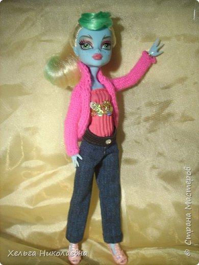 Здравствуй, Страна Мастеров! Продолжаю выкладывать обновки для кукол.  Стала замечать что, у каждой куклы свой характер. И позируют только в своих определённых позах, пыталась поставить Лагуну в другие позы брыкается, с леди также история.  фото 2