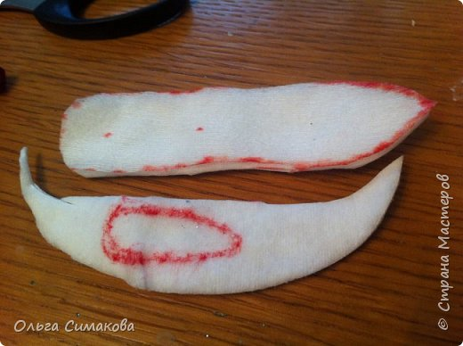 Вот такая у меня сегодня туфелька:) Надеюсь, Вам понравится. Конечно же она очень простая, но на всякий случай покажу как делала. Она из серии неограниченных возможностей пластилина в технике папье- маше.  фото 18