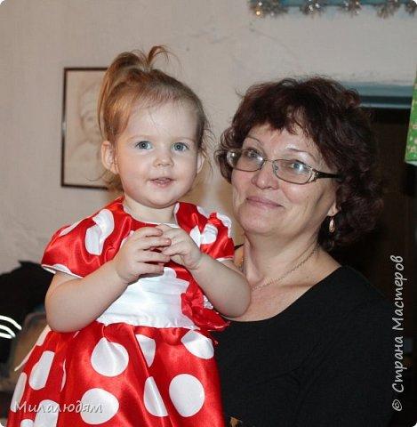 Здравствуйте! Эту открыточку делала внучке на 2 годика. Давно мне нравится эта картинка. На мою Вареньку похожа. Варе эта открытка понравилась. Она сразу узнала котенка и тыкала в него пальчиком: это Маленький, это Рыжик!  И согласилась, что девочка - это Варя. фото 12