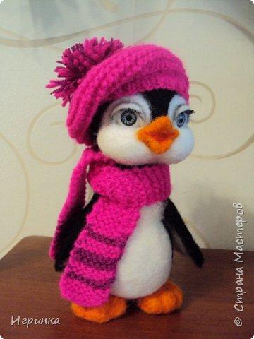 Доброго дня всем! Наконец-то оделась сестренка первого пингвиненка. Вот они вместе. И хотя родилась она несколько позже, но родилась сразу старшей сестрой. фото 2