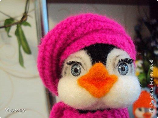 Доброго дня всем! Наконец-то оделась сестренка первого пингвиненка. Вот они вместе. И хотя родилась она несколько позже, но родилась сразу старшей сестрой. фото 4