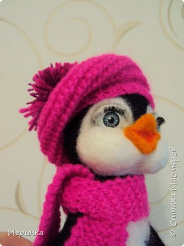 Доброго дня всем! Наконец-то оделась сестренка первого пингвиненка. Вот они вместе. И хотя родилась она несколько позже, но родилась сразу старшей сестрой. фото 5