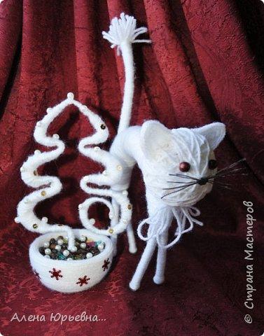 Новый год уже на носу и хочется порадовать своих близких маленькими подарочками. Маленькая шкатулка в том же стиле что и первая шкатулка с розой....сделала ее по просьбе ( тема правда не новогодняя) ....Вот что получилось! фото 4