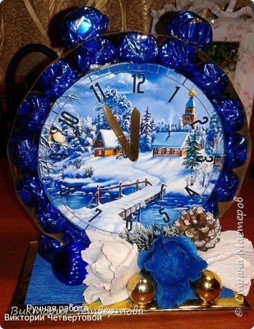 Новогодние часы с конфетами √2. фото 1