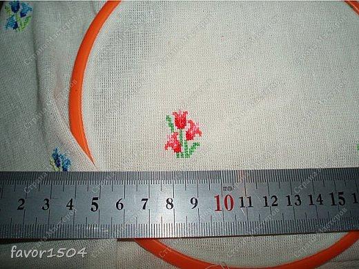 Захотелось немного потворить в подарок знакомым рукодельницам - игольницы нужны всегда там, где шьют и вышивают.... фото 3