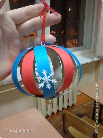 Еще раз здравствуйте! хочу показать новогодние работы своих учеников. Вот такие дед морозики получились у третьеклашек. Спасибо большое за МК: https://stranamasterov.ru/node/476488?c=favorite фото 33