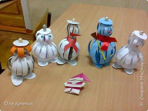Еще раз здравствуйте! хочу показать новогодние работы своих учеников. Вот такие дед морозики получились у третьеклашек. Спасибо большое за МК: https://stranamasterov.ru/node/476488?c=favorite фото 5