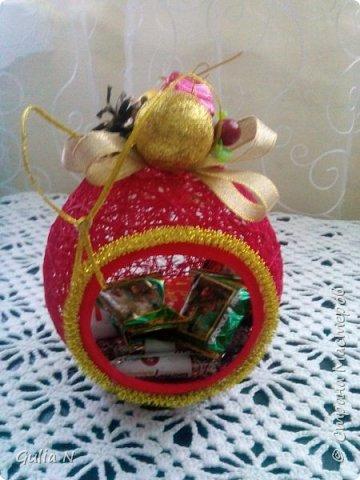 Саночки новогодние со Снеговичком и елочкой и подарками фото 5