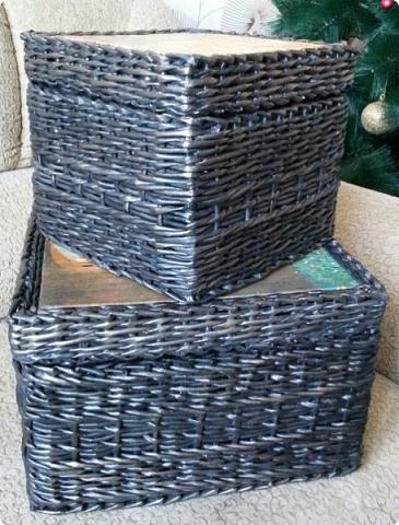 вот и я сплела черные корзины с патиной)  для родственницы в подарок на новый год. хотелось ей что то не обычное... много я перелопатила в интернете картинок чтобы ей угодить. и вот беспроигрышный вариант)  картины густава климта. и под них решился черный цвет.  фото 5