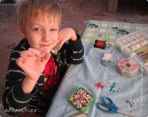 Здравствуйте, здравствуйте.  Хочу показать увлечение моего внука. В садике ходит в группу бисероплетения.  И кое что у него получается. фото 2