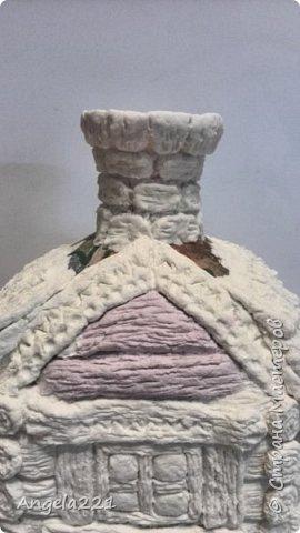 Декор предметов Мастер-класс Новый год Лепка Папье-маше Избушка бабы Яги Бумага Клей Краска Салфетки фото 29