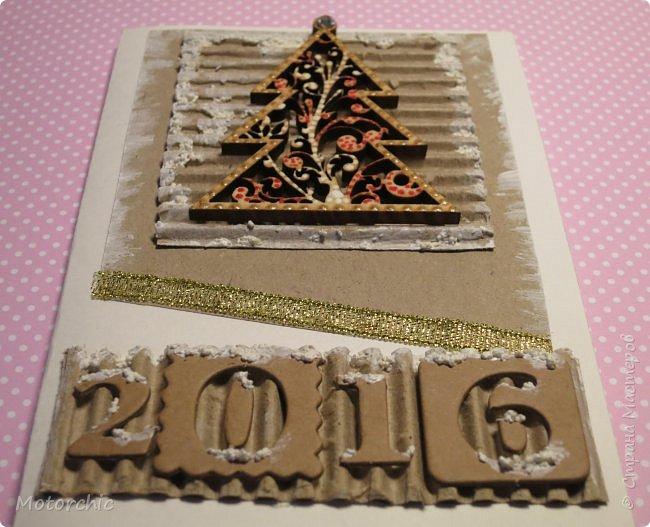 """Сегодня пошел снег. Первый. И хотя я его """"шаманила"""" при помощи новогодних подвесок со снеговиками и падающим снегом, подстраховаться вчера решила еще и новогодними открытками со снегом =) фото 3"""