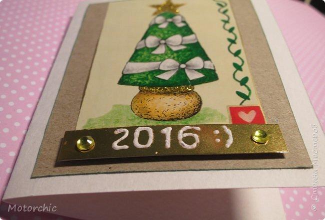 """Сегодня пошел снег. Первый. И хотя я его """"шаманила"""" при помощи новогодних подвесок со снеговиками и падающим снегом, подстраховаться вчера решила еще и новогодними открытками со снегом =) фото 14"""