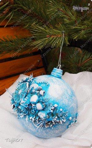 """""""Пусть Обезьянка в лапках подарки принесет! И будет самым сладким чудесный Новый год!""""  Еще раз о моих подарках, которые готовились мной, вместе с сыном, с мужем в презенты, поздравления, угощения в школу, на работу...  А эту милую грустную обезьянку отшила недавно и надеюсь Новый год ее развеселит и одарит множеством подарков! фото 2"""