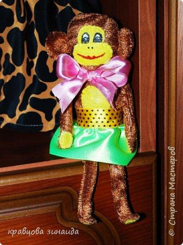 ДОБРЫЙ ВЕЧЕР МОИ ДОРОГИЕ ДРУЗЬЯ ! наконец то я успела сшить символ нового года, обезьянки, получились в стиле интерьерные поделки фото 2