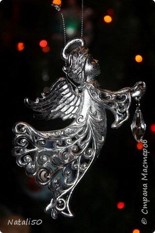 С Новым Годом,дорогие жители страны!!! Пусть все мечты ваши исполнятся!! Счастья,удачи,творческого вдохновения и чистого неба над головой!! Мои фотооткрыточки новогодние. Хотела поставить видеоролик,но так и не смогла.. вот ссылка - http://vk.com/video174947583_171876340 фото 10