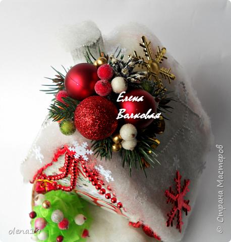 """С наступившим 2016 годом!!! Здоровья и благополучия каждой семье! Подарки к Новому году. Начну с домика на коробке """"Раффаэлло"""". За идею оформления спасибо Даше Хомюк. фото 3"""