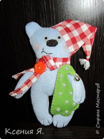 Вот такие новогодние сувенирные игрушки уехали жить к друзьям в новогоднюю ночь.  Снеговик сделан по замечательному мастер-классу, найденному в нашей стране: https://stranamasterov.ru/node/667130 фото 3