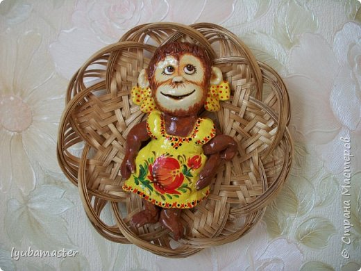 Здравствуйте дорогие мастера замечательной Страны Мастеров!!!!!! С Новым годом !!!!!!!! Счастья, здоровья, творческих успехов!!!!! Снова у меня обезьянки...... Все тоже только первые три размером 12-13 см.  фото 4
