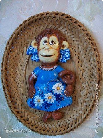 Здравствуйте дорогие мастера замечательной Страны Мастеров!!!!!! С Новым годом !!!!!!!! Счастья, здоровья, творческих успехов!!!!! Снова у меня обезьянки...... Все тоже только первые три размером 12-13 см.  фото 3