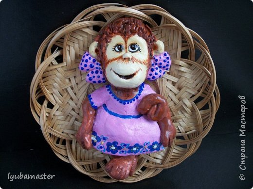 Здравствуйте дорогие мастера замечательной Страны Мастеров!!!!!! С Новым годом !!!!!!!! Счастья, здоровья, творческих успехов!!!!! Снова у меня обезьянки...... Все тоже только первые три размером 12-13 см.  фото 7