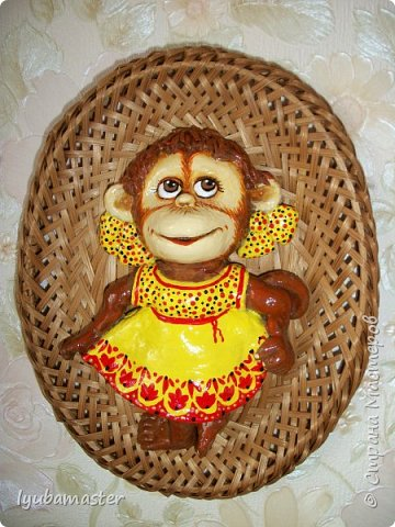 Здравствуйте дорогие мастера замечательной Страны Мастеров!!!!!! С Новым годом !!!!!!!! Счастья, здоровья, творческих успехов!!!!! Снова у меня обезьянки...... Все тоже только первые три размером 12-13 см.  фото 2