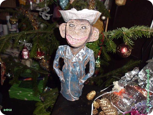 Что то понесло меня на игрушки в этом году... Поставила себе цель украсить елку своими игрушками. А это не успела доделать фальшкамин- доделаю покажу. фото 11