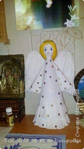 """Добрый вечер, уважаемые мастера! Наступил Новый 2016 год! Но праздники на этом не закончились , и нас ждёт ещё более прекрасный и замечательный праздник-это Рождество Христово! И пока есть свободное время, я решила сделать ещё новую работу. Назвала я её """"Снежный Ангел"""", т.к. в оформление добавила снежинки. фото 13"""