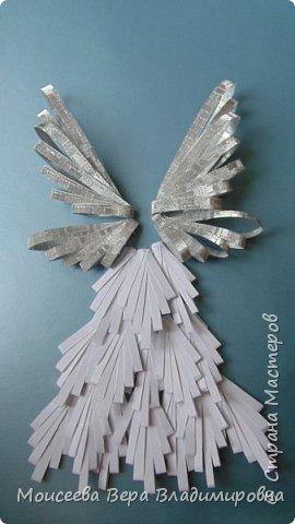 """Добрый вечер, уважаемые мастера! Наступил Новый 2016 год! Но праздники на этом не закончились , и нас ждёт ещё более прекрасный и замечательный праздник-это Рождество Христово! И пока есть свободное время, я решила сделать ещё новую работу. Назвала я её """"Снежный Ангел"""", т.к. в оформление добавила снежинки. фото 7"""