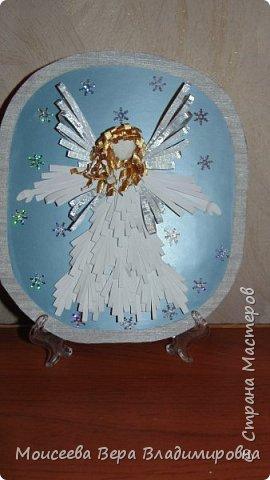 """Добрый вечер, уважаемые мастера! Наступил Новый 2016 год! Но праздники на этом не закончились , и нас ждёт ещё более прекрасный и замечательный праздник-это Рождество Христово! И пока есть свободное время, я решила сделать ещё новую работу. Назвала я её """"Снежный Ангел"""", т.к. в оформление добавила снежинки. фото 8"""