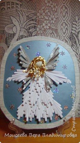 """Добрый вечер, уважаемые мастера! Наступил Новый 2016 год! Но праздники на этом не закончились , и нас ждёт ещё более прекрасный и замечательный праздник-это Рождество Христово! И пока есть свободное время, я решила сделать ещё новую работу. Назвала я её """"Снежный Ангел"""", т.к. в оформление добавила снежинки. фото 2"""