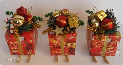 С Новым годом!!! Счастья, здоровья, любви и вдохновения!!! Начну с санок с конфетами для детишек:)   фото 2