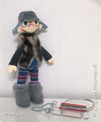 """Всем доброго дня!!! Наконец то появилось время выставить работы , которые участвовали в конкурсе хотелок это малец """"Ивашка"""" полностью текстильный, но устойчиво стоящий на ножках, ростиком 35см"""