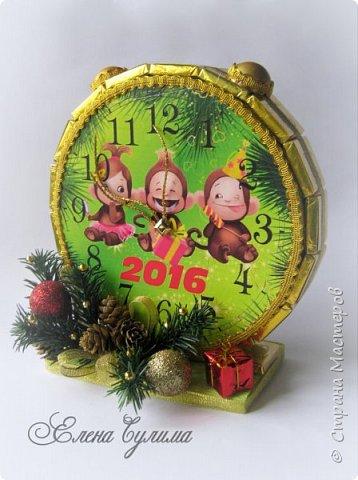 С Новым Годом, мои дорогие, хорошие жители страны!!! Я немного с опозданием, но лучше поздно )) Желаю в первую очередь крепкого здоровья вам и вашим близким, счастья, любви, благополучия и мирного неба над головой, новых впечатлений и эмоций, идей, желаний и мечт, новых свершений, вдохновения, благодарных клиентов и настоящего полета фантазии в вашем (нашем) творчестве ! ;) фото 5