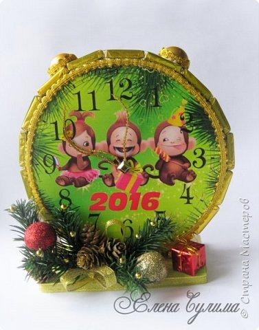 С Новым Годом, мои дорогие, хорошие жители страны!!! Я немного с опозданием, но лучше поздно )) Желаю в первую очередь крепкого здоровья вам и вашим близким, счастья, любви, благополучия и мирного неба над головой, новых впечатлений и эмоций, идей, желаний и мечт, новых свершений, вдохновения, благодарных клиентов и настоящего полета фантазии в вашем (нашем) творчестве ! ;) фото 4
