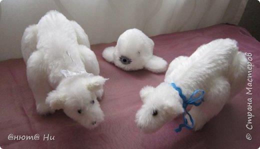 Давно хотела попробовать выкройку тильдовского белого медведя. Когда же шить их, как не зимой... Мишки подарочные, хотела порадовать девочек своих любимых фото 10