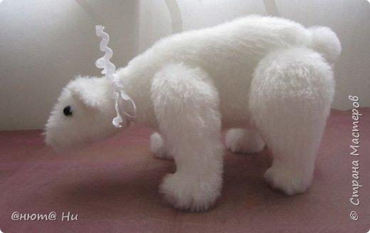 Давно хотела попробовать выкройку тильдовского белого медведя. Когда же шить их, как не зимой... Мишки подарочные, хотела порадовать девочек своих любимых фото 4