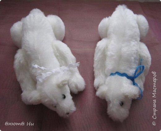 Давно хотела попробовать выкройку тильдовского белого медведя. Когда же шить их, как не зимой... Мишки подарочные, хотела порадовать девочек своих любимых фото 5