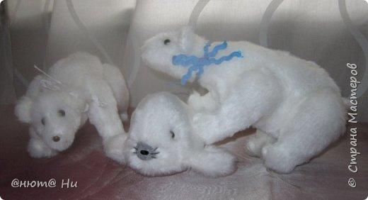 Давно хотела попробовать выкройку тильдовского белого медведя. Когда же шить их, как не зимой... Мишки подарочные, хотела порадовать девочек своих любимых фото 9