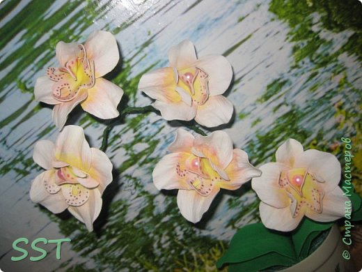 Орхидея из фома фото 3