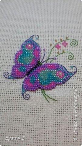 Получилась вот такая вот нежная бабочка, в ближайшие дни оформлю )))