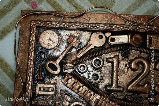 Доброго времени суток! В длинные новогоднии праздники доделала ключницу для брата, подарок вручен с задержкой, но меня поняли и простили :)  фото 3