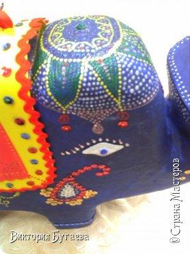 Ежегодный городской  конкурс новогодних игрушек не застал врасплох- очень хотелось индийского слоника... и  все решили материалы... фото 5